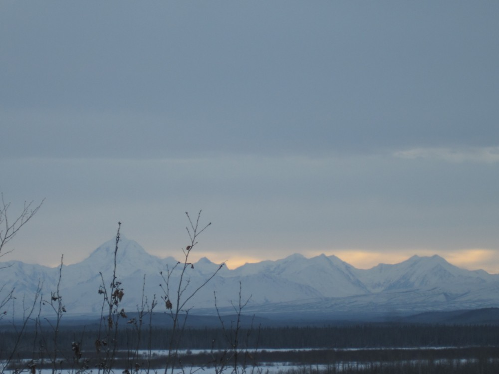 on Saturday as I drove back to Fairbanks, I follow the river and these were the in the distance.